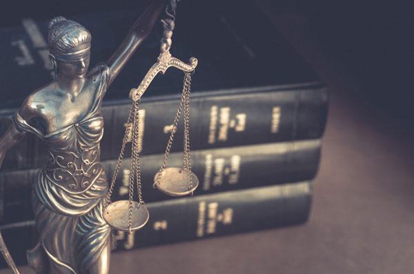 Recht und Gesetz