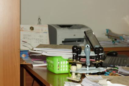 Beamte Zimmer Schreibtisch Stempel