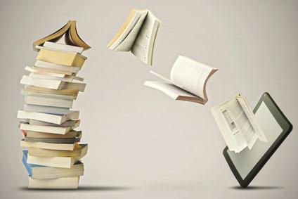 Bücher und Tablet
